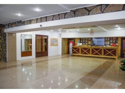 Отель Крокус Домбай,  ресепшн